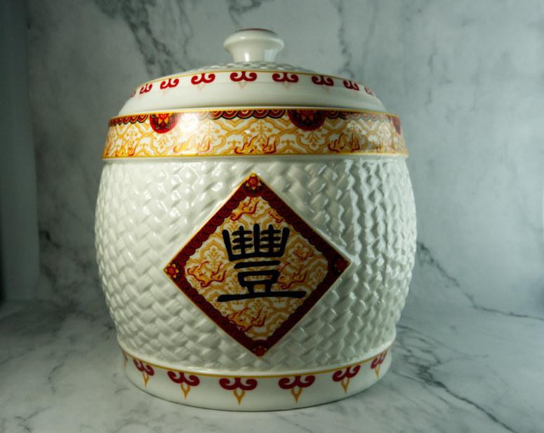 Điểm vàng đặt hũ gạo trong nhà để tụ lộc - VietNamNet